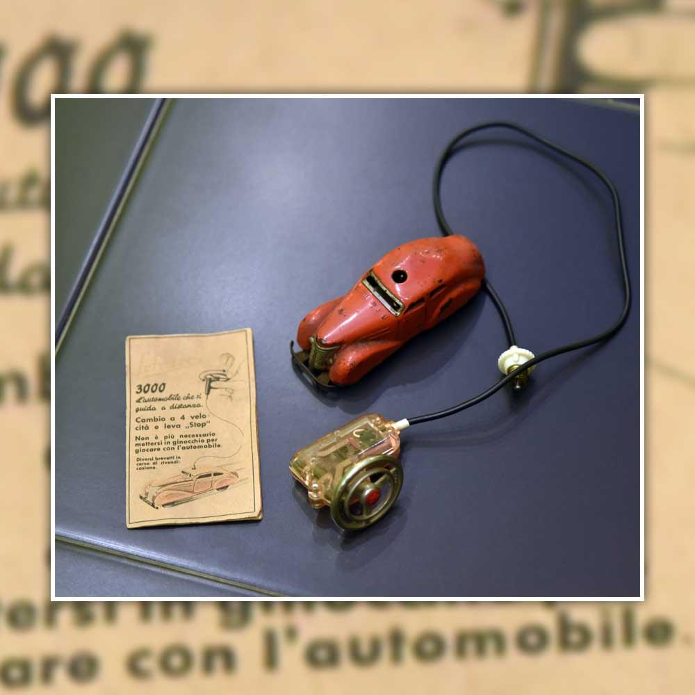 """SCHUCO 3000 - DRIVE-BY-WIRE DRIVEN """"TELESTEERING"""" CAR"""