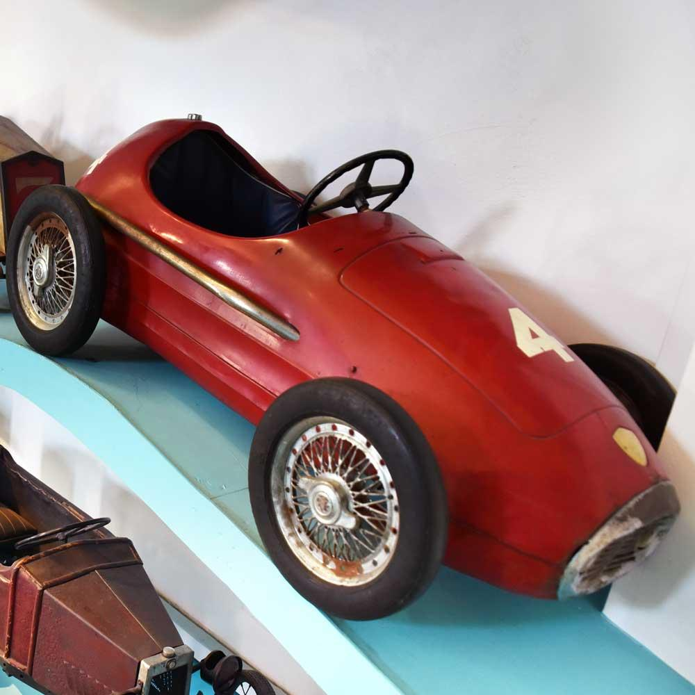 RACE PEDAL CAR. SINGLESEATER PRODUCED BY THE FIRM GIORDANI