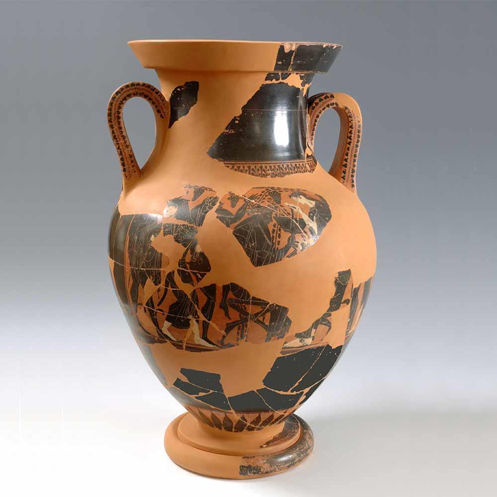 ATTIC AMPHORA WITH BLACK FIGURES. SECOND HALF 6TH CENTURY B.C.